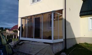 Nr.26 - Balkono stiklinimas